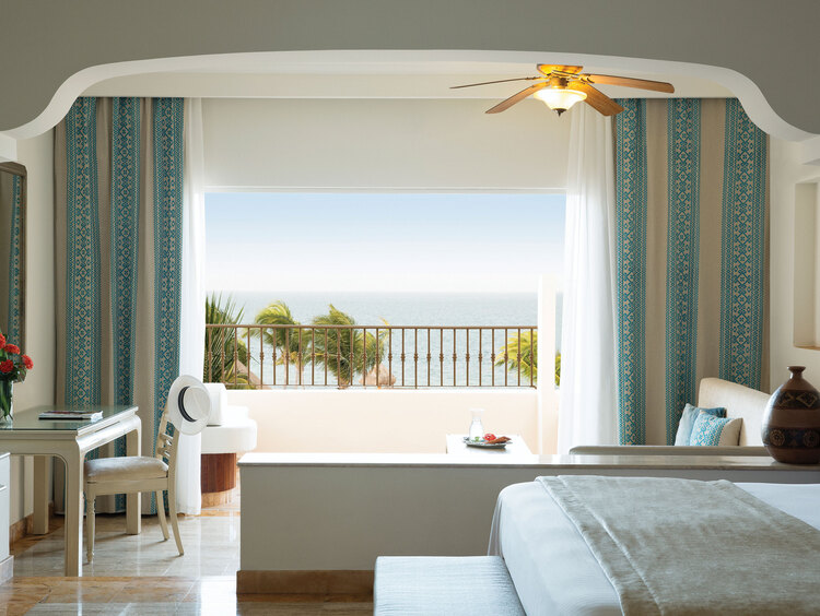 Junior Suite con Vista al Mar de Lujo en Excellence Riviera Cancún