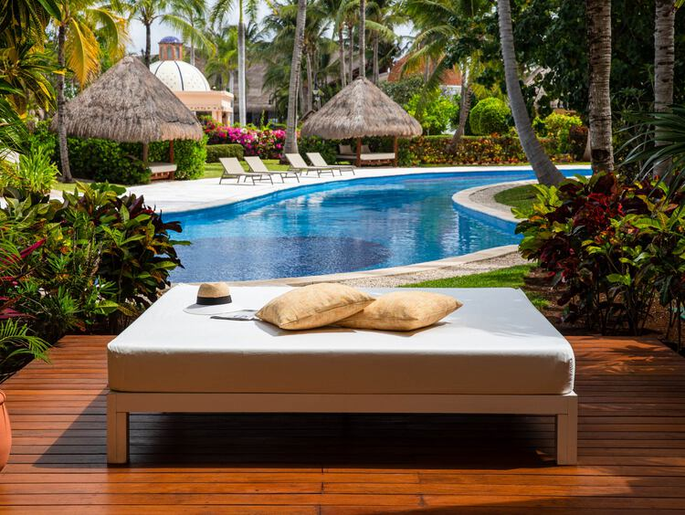 Riviera Maya Swim-Up Suites