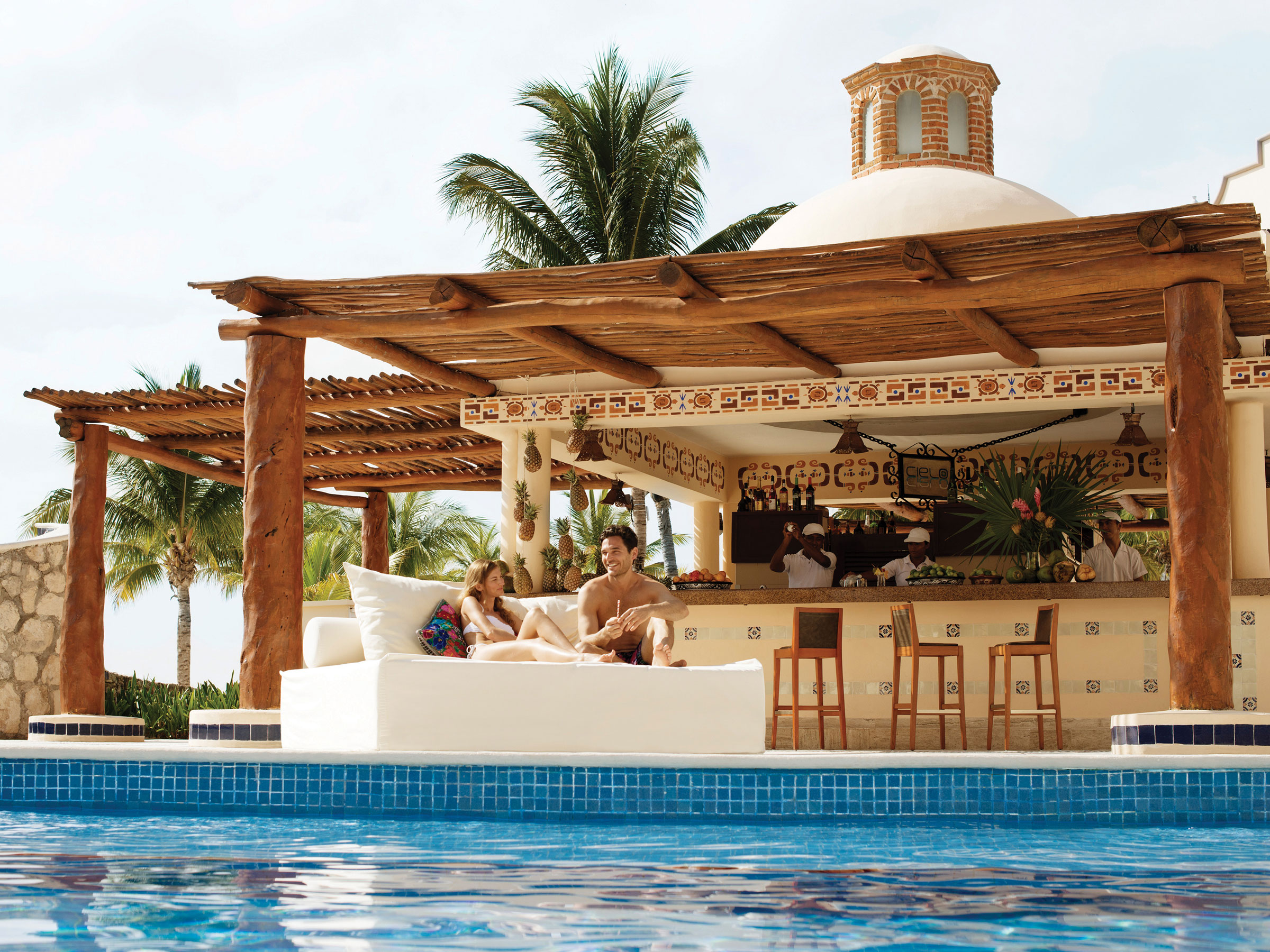 Cancun Pool Bar